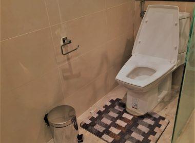 studio413-cosy-beach-view-toilet