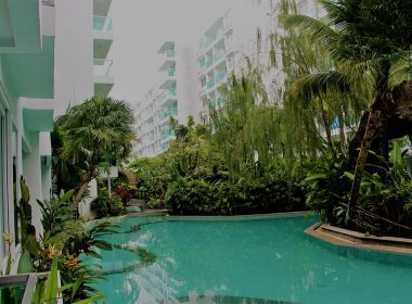 Amazon Residence Jomtien swimming pool