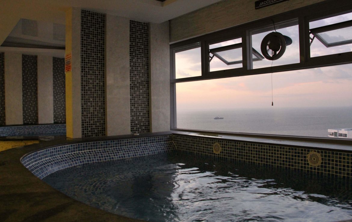 Jacuzzi Cosy Beach View