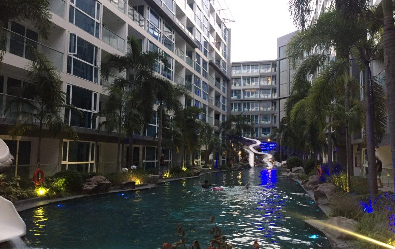Centara Avenue Residence